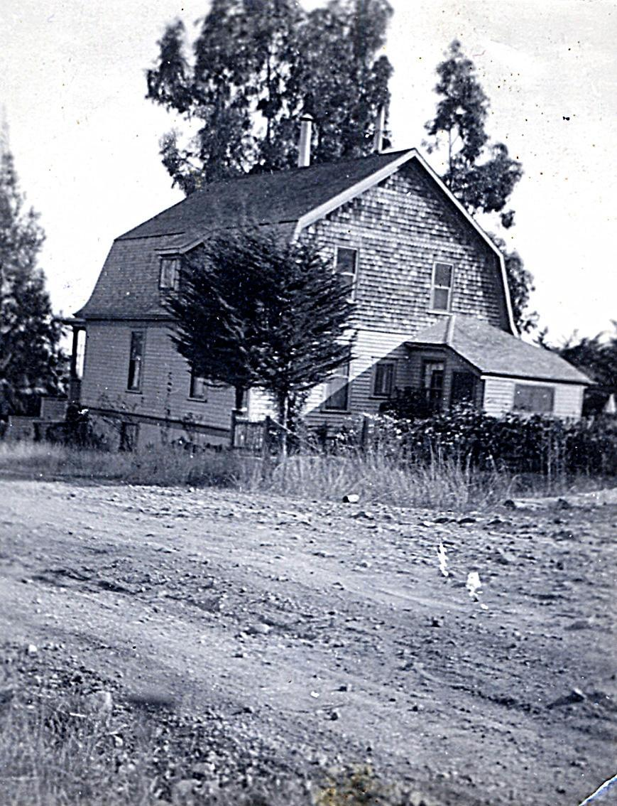 295 Molino Avenue in 1926. > click to enlarge