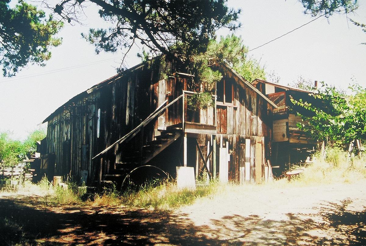 The Santos Barn in 1992 > click to enlarge
