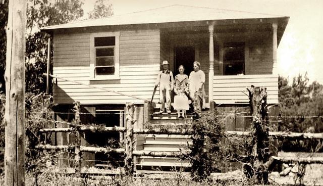 Santos House - 1925